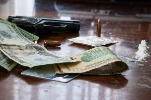 סחר בנשק ובסמים
